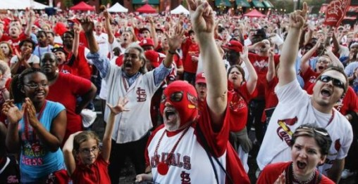 Cardinals-Fans1-580x300