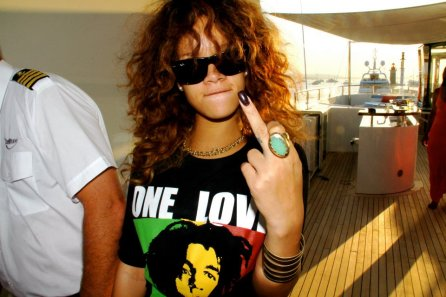 rihanna one love
