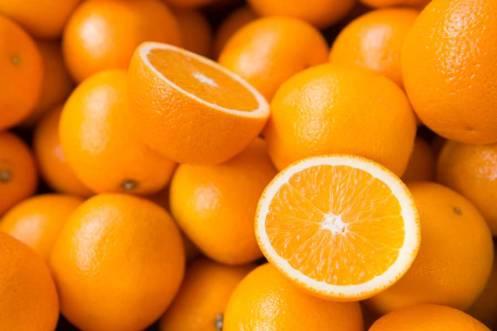 Jesmond-Fruit-Barn-Oranges
